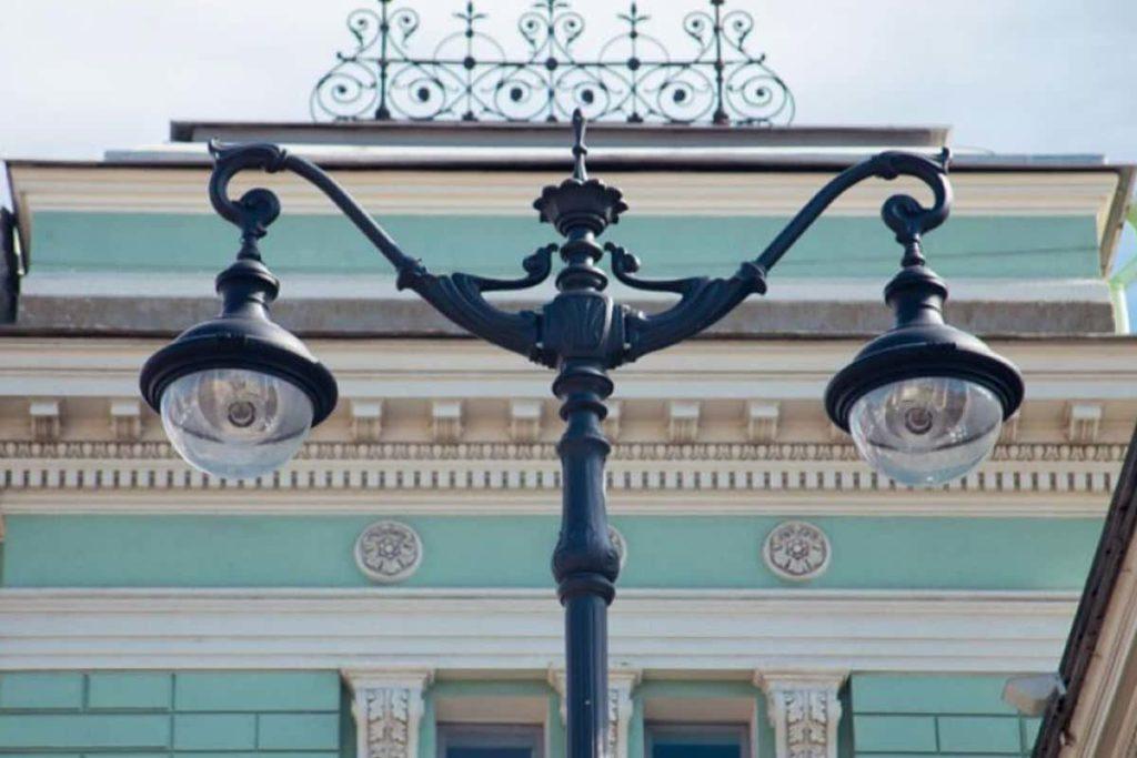 Освещение Театральной площади